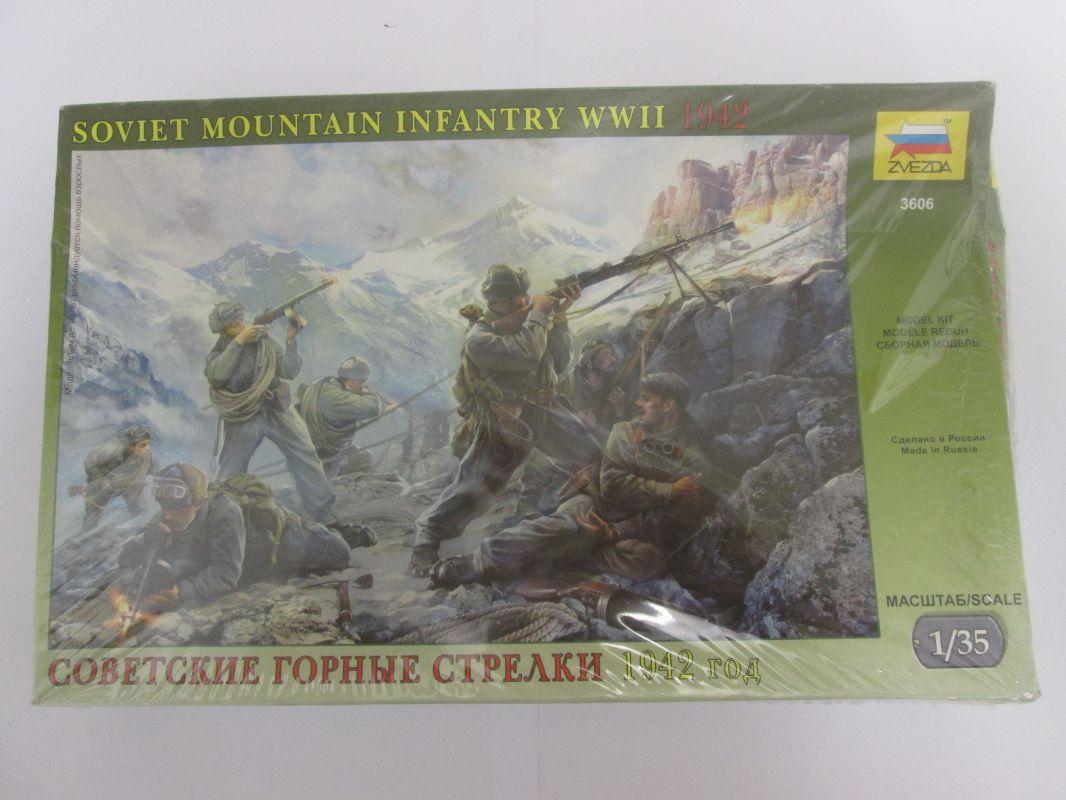 Model Kit figurky 3606 - Soviet Mountain Troops WWII (1:35) Zvezda